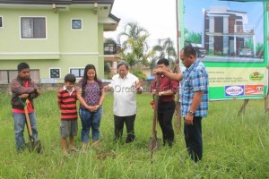 vista-verde-village-groundbreaking
